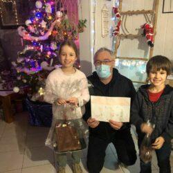 Eryn et Jonas ont remporté le concours de dessins de Noël